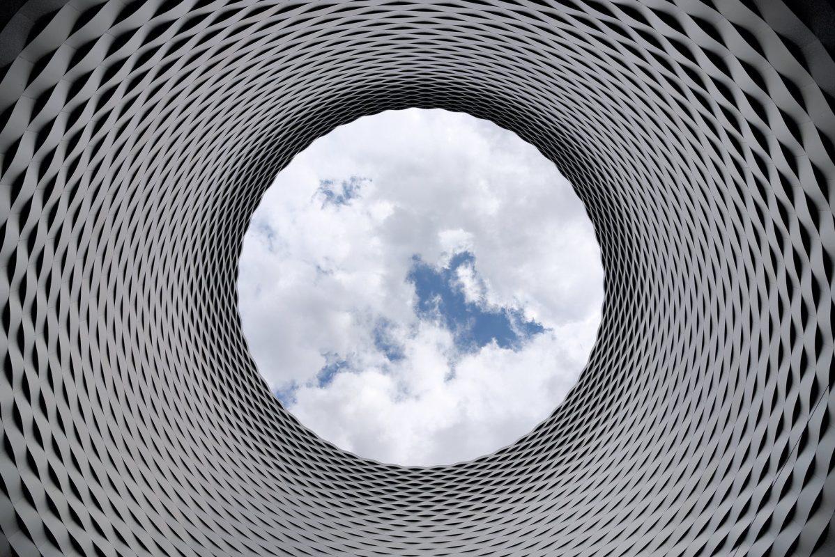 cloud nebo fyzický server